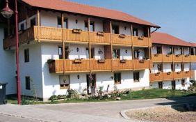 10-Familien-Wohnhaus in Waldenburg